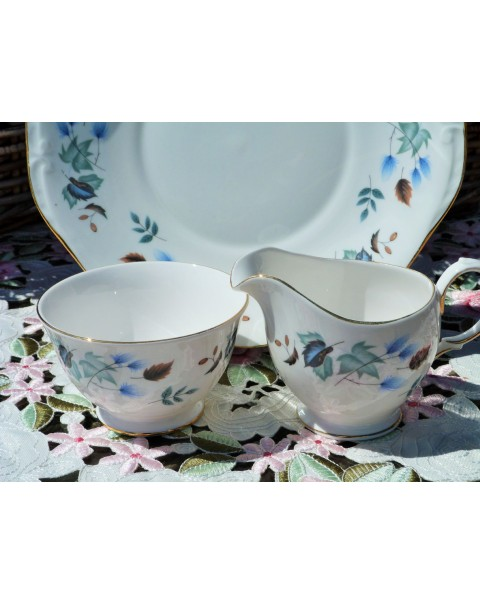 (OUT OF STOCK) COLCLOUGH LEAF CAKE PLATE SET